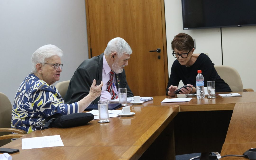 Luiza Erundina se reúne com Deborah Duprat para tratar sobre violação de Direitos Humanos
