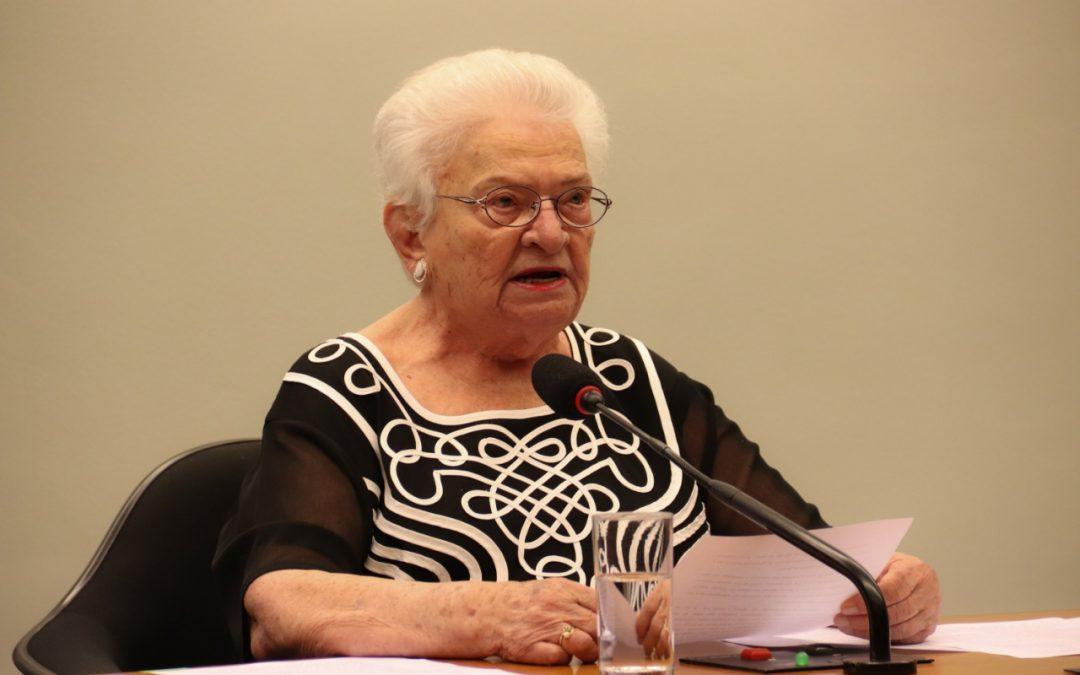 Luiza Erundina escolhida pelo Psol para concorrer à presidência da Câmara